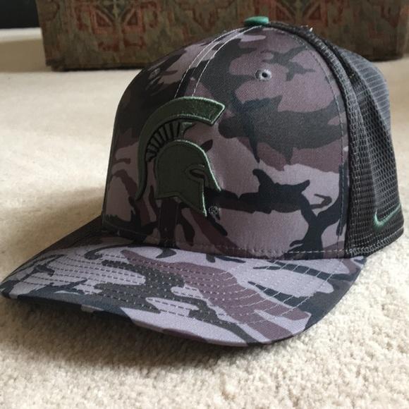 NWT Nike Michigan state dryfit trucker hat 7335994c26a2